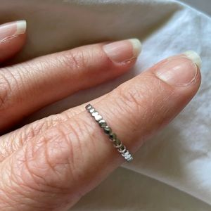 Fragrant Jewels stacking ring size 6 NWOT